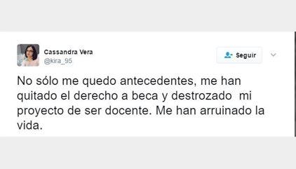 """La tuitera Cassandra lamenta la condena de un año de prisión: """"Me han arruinado la vida"""""""