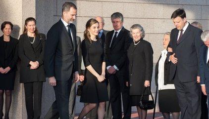 El Rey Felipe y Doña Letizia de riguroso luto para despedir a la Borbón más longeva