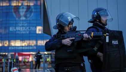Detenidos en Francia tres jóvenes que podrían haber organizado conjuntamente un proyecto terrorista
