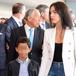 Georgina Rodríguez ya ejerce de mamá con Cristiano Ronaldo Jr.