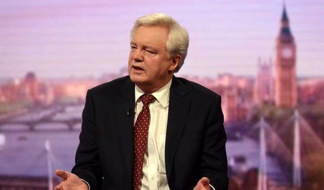 Ministro británico para el Brexit, David Davis