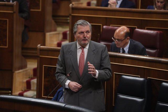 Méndez de Vigo en la sesión de control al Gobierno en el Congreso