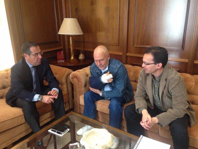 Reunión del subdelegado con vecinos de El Palo y Pedregalejo