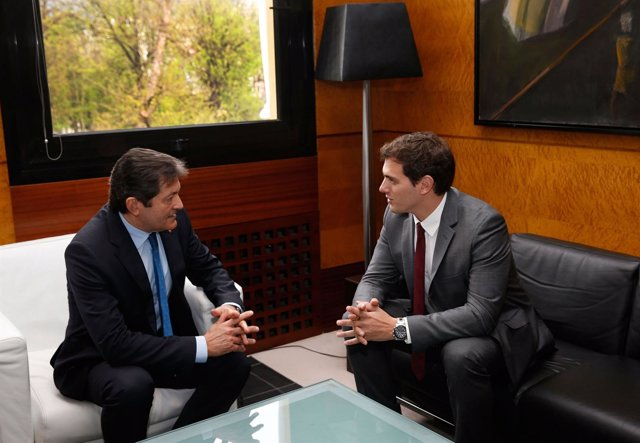 Javier Fernández y Albert Rivera en Presidencia del Principado