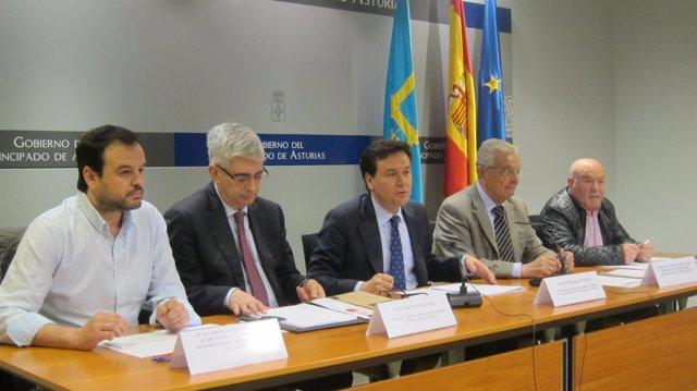 Firma del acuerdo entre Principado y agentes sociales de la construcción