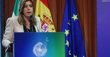 """Susana Díaz: """"un líder directamente relacionáu cola militancia lleva a..."""
