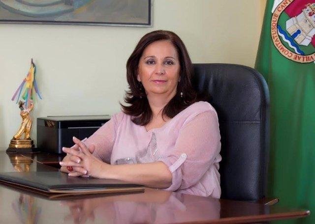 La alcaldesa de Cantillana.