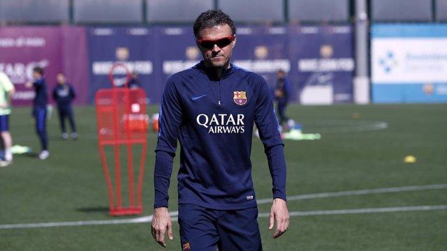 Luis Enrique entrenando al Barcelona