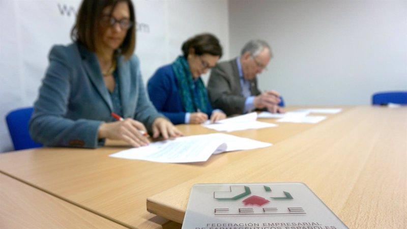 Un problema entre sindicatos retrasa el nuevo convenio for Convenio oficinas madrid 2017