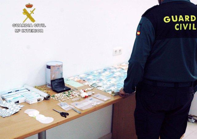 Material intervenido en puntos de venta de droga en Huelva