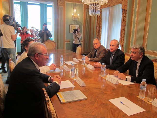 Reunión AVT Y Delegación De Gobierno En El País Vasco