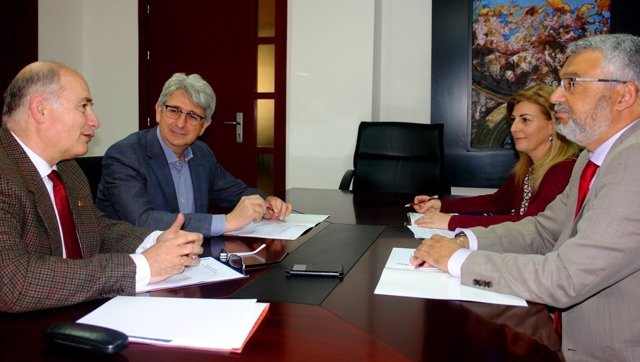 Reunión de la Cátedra de la Aiqbe.