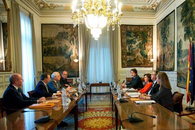 Santamaría y Zoido se reúnen con los presidentes de Ceuta y Melilla