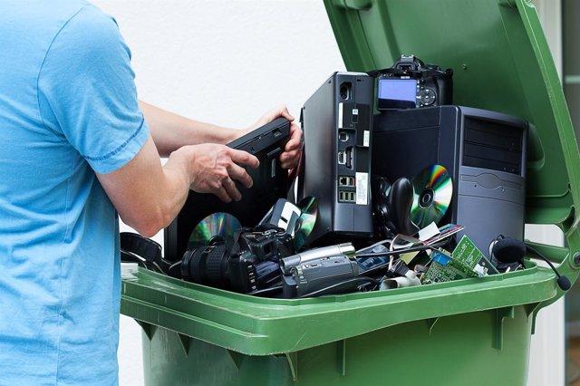 Residuos de aparatos eléctrico y electrónicos