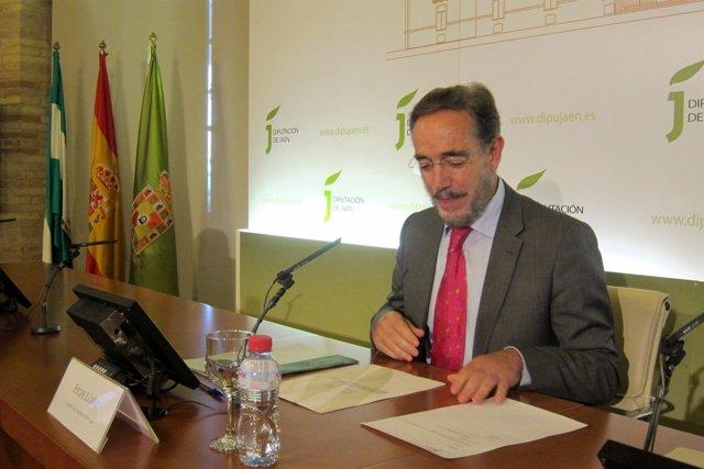 El consejero de Fomento y Vivienda, Felipe López.