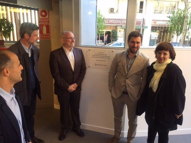 T.Comin y L.Ortiz inauguran el centro residencial de Cal Muns