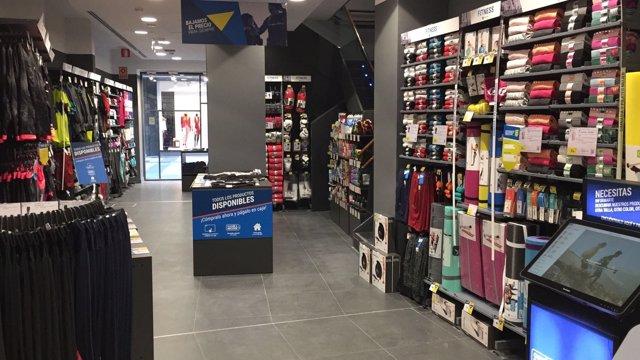 39 decathlon 39 abre este viernes en vitoria una tienda for Trabajar en decathlon madrid
