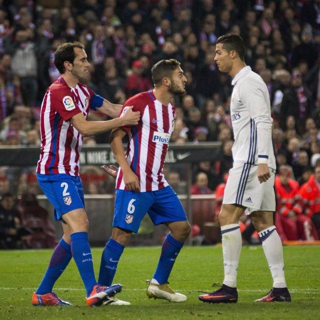 Cristiano Ronaldo y Koke (Atlético de Madrid Real Madrid)