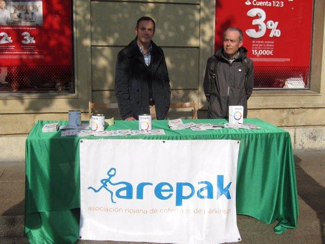 Arepak sale a la calle por Día del Parkinson