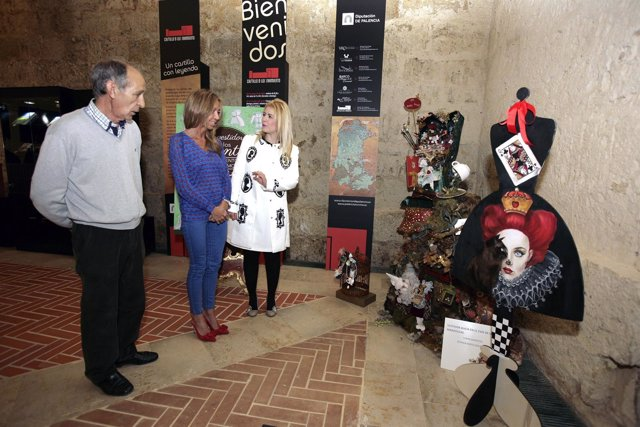 Exposición en el castillo de Fuentes de Valdepero (Palencia)