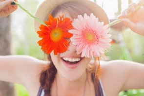 Estas cinco habilidades sociales mejoran tu salud (GETTY//DANGUBIC)