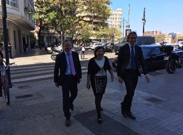 Bonig y De la Serna se reúnen en la sede del PPCV
