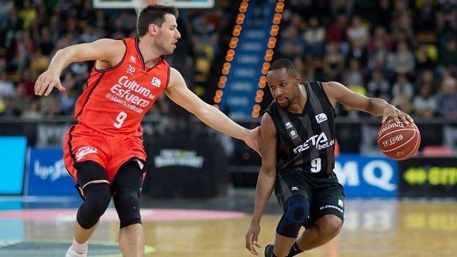 RETAbet Bilbao Basket tumba al líder Valencia Basket