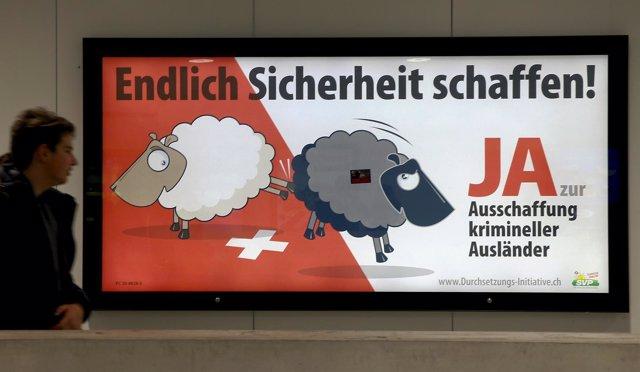 Cartel xenófobo del SVP en Suiza