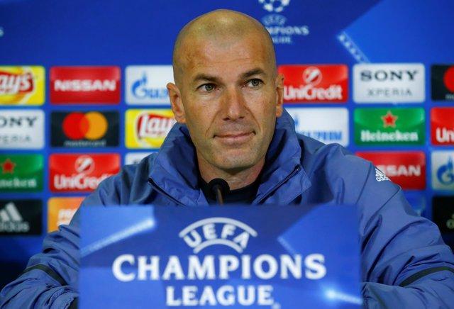 Zinédine Zidane en rueda de prensa Champions