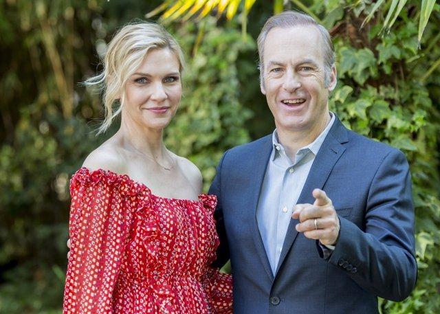 Bob Odenkirk y Rhea Seehorn protagonistas de  Better Call Saul