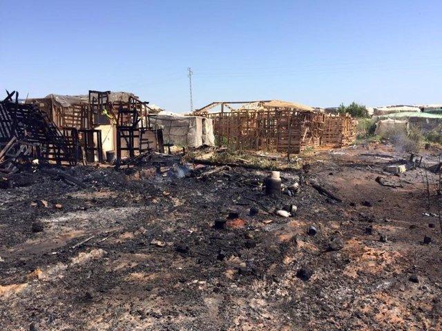 Incendio de un asentamiento de chabolas en Lepe