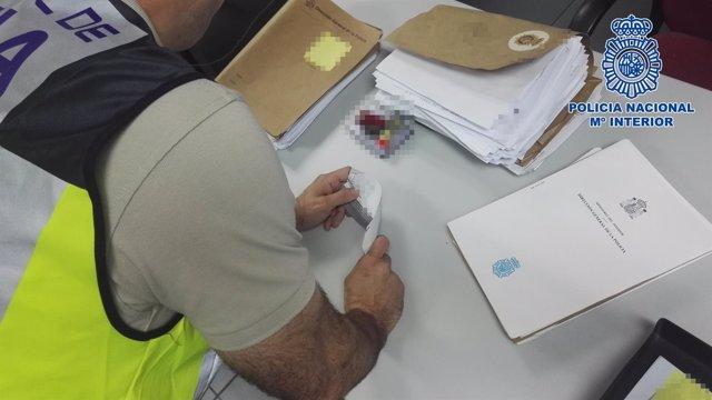 Estudio de documentación falsificada