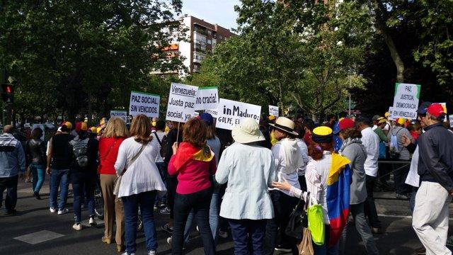 Ciudadanos venezolanos se manifiestan en Madrid