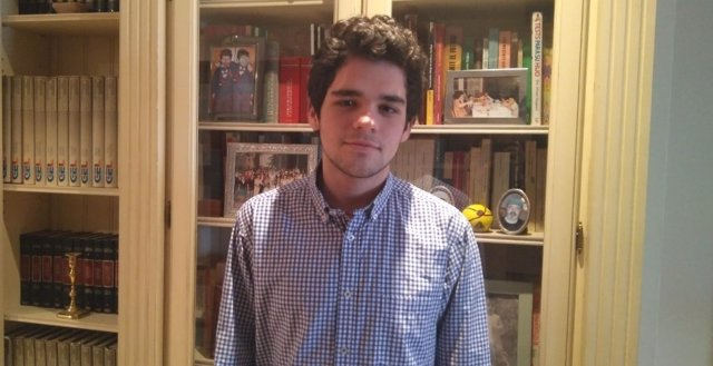 Javier Reig, uno de los estudiantes becados