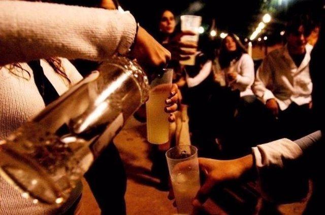 FAPA Mallorca muestra su compromiso 'firme' en contra del botellón