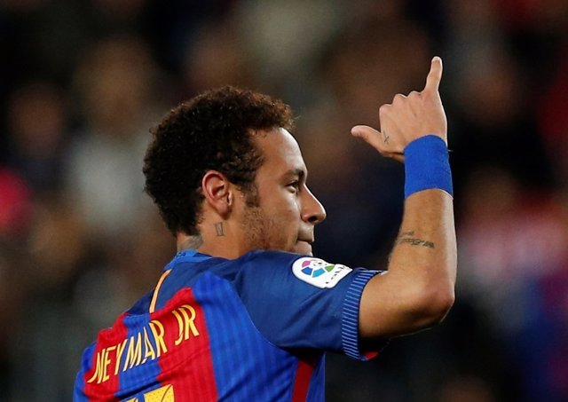 Neymar Junior celebra un gol con el FC Barcelona