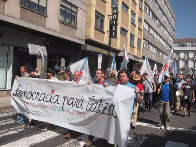 Manifestación en Santiago en favor de los detenidos en la Operación Jaro
