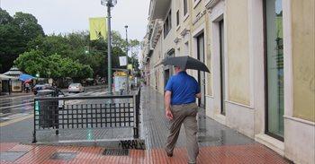 Lluvias con temperaturas estables este lunes
