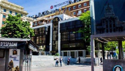 El colectivo ultraderechista Hogar Social okupa la antigua sede del Banco Madrid