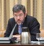 El Gobierno planea revisar impuestos con impacto en el crecimiento y fija en 2020 el fin del déficit