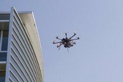Quatre drons paralitzen un aeroport de la Xina, i afecten 10.000 passatgers en un sol dia (CC/FLICKR/GABRIEL GARCIA MARENGO)