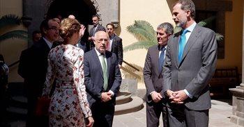 """El Rey señala que la Plataforma Oceánica de Canarias es un """"buen ejemplo""""..."""