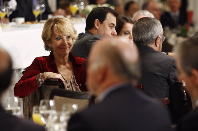Esperanza Aguirre en un desayuno Informativo de Europa Press