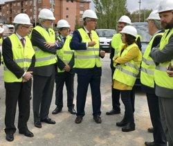 Sáenz de Santamaría, Méndez de Vigo i Montoro visiten l'Anella Olímpica de Tarragona 2018 (EUROPA PRESS)