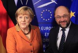 Merkel i Schulz es mesuraran en un 'cara a cara' televisat el 3 de setembre (YVES HERMAN / REUTERS)