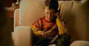 ¿Recuerdas al niño del 'Hola, soy Edu, Feliz Navidad'? Ahora dirige una...
