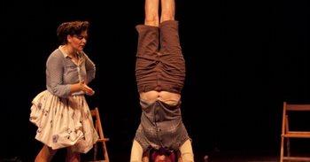 El Rialto torna a la València obrera dels 80 amb l'espectacle circense i...