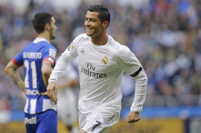 Cristiano celebra un gol en Riazor ante el Deportivo