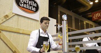 El asturiano Martín Galán, mejor tirador de cerveza de España de 2017