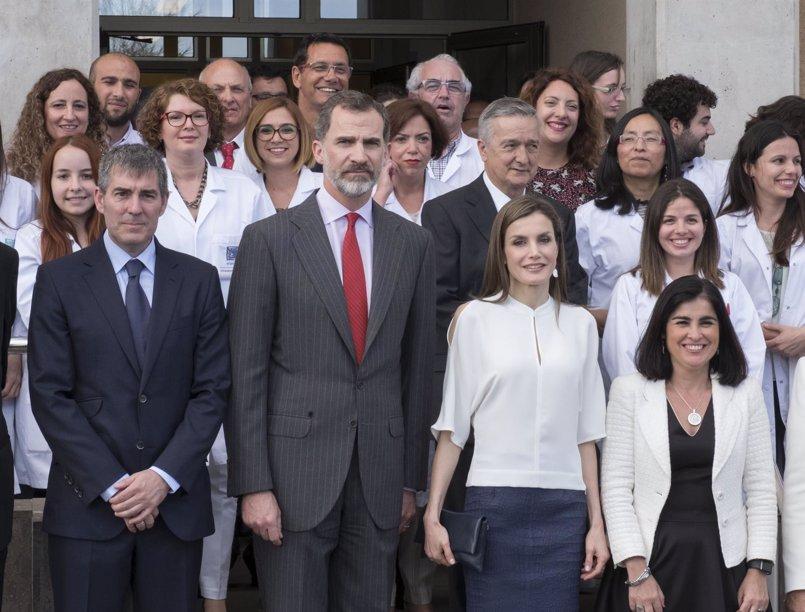 """El Rey defiende las universidades como espacios """"para avanzar y para soñar"""""""